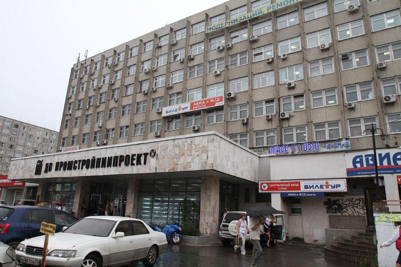"""Печально известное здание """"Промстройниипроект"""""""