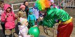 Детишкам улицы Луговой устроили праздник у новой игровой площадки